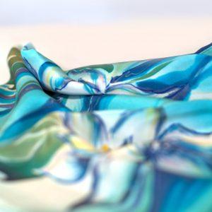 Apaszki i chusty drukowane, ręcznie malowane